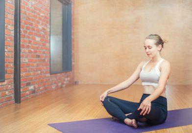 Ćwiczenia na szyje oraz plecy przy siedzącym trybie pracy